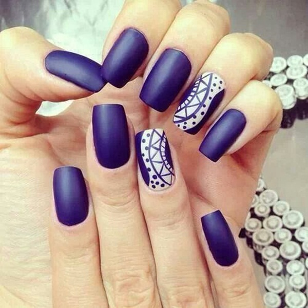 Blue nails for fine nail designs