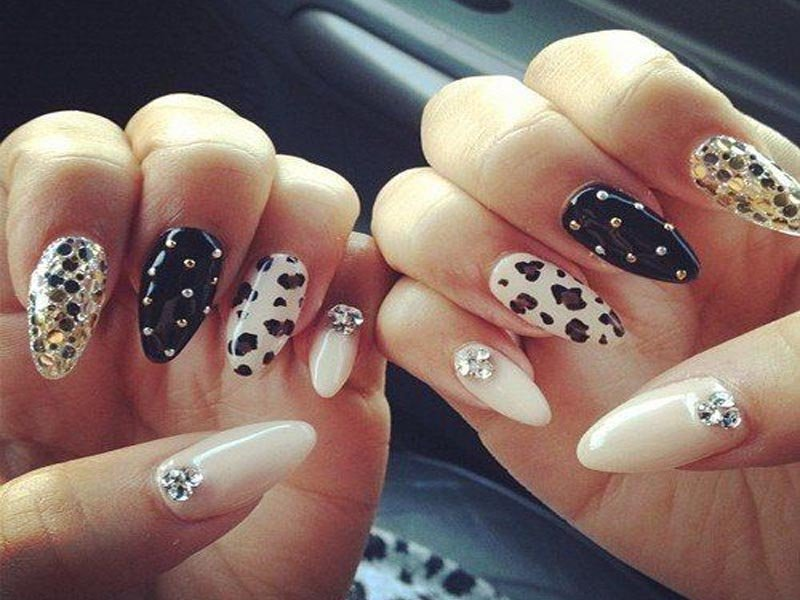 Decorated nails for fine nail designs