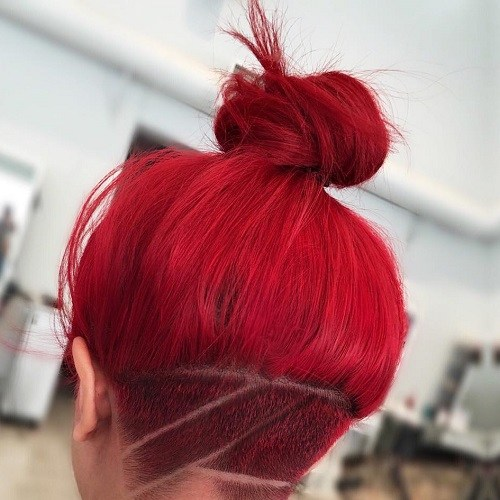 Red topknot