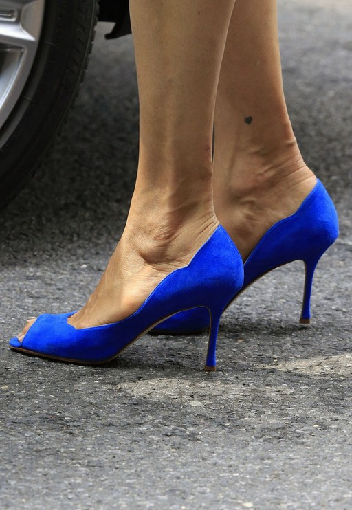 Peep toe pumps by Famke Janssen