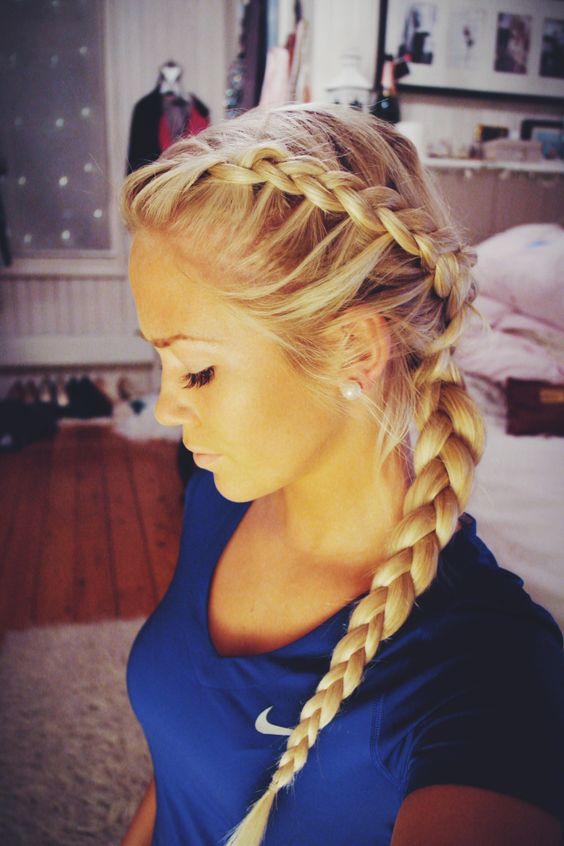 Braided hairstyle for blonde hair over