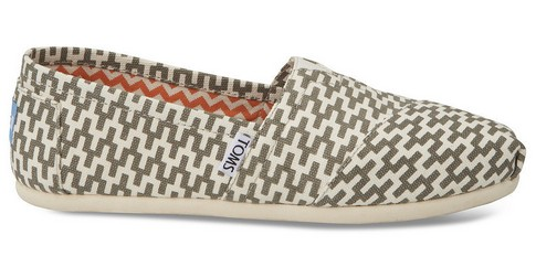 Bright Zigzag TOMS x Jonathan Adler Women's Classic ($ 59)