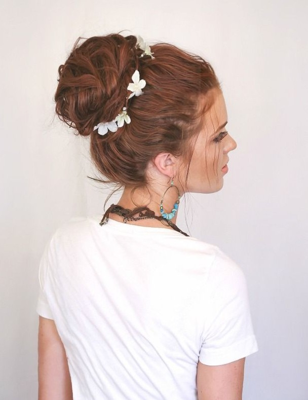 Messy Bun Updo for the wedding