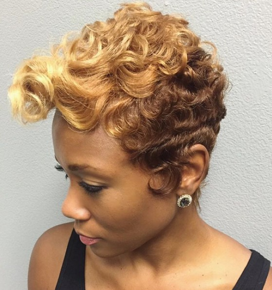 Short curly hairstyle for blonde hair