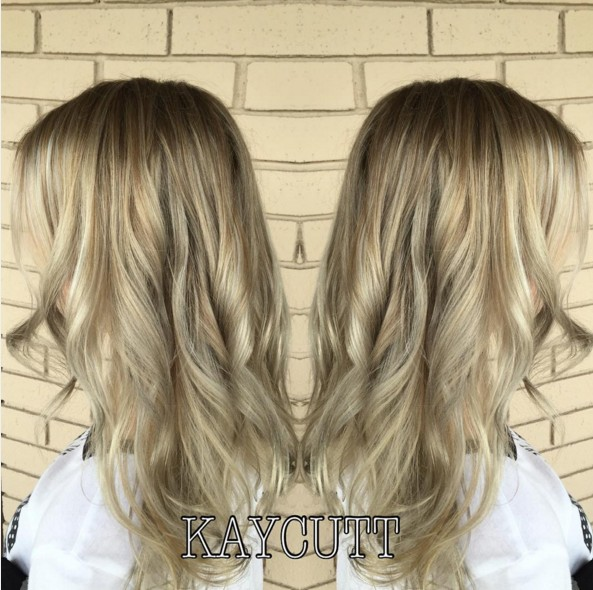 Long curly hairstyle for ombre hair