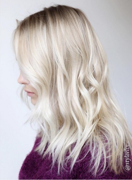 Middle layer wavy haircut