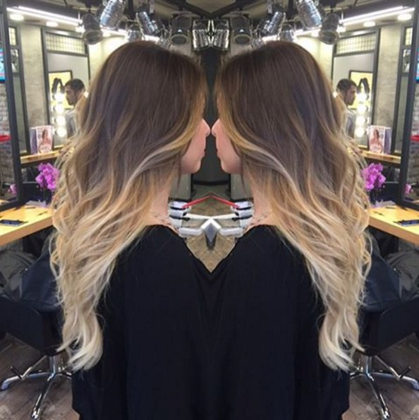 Brown to blonde wavy hairstyle