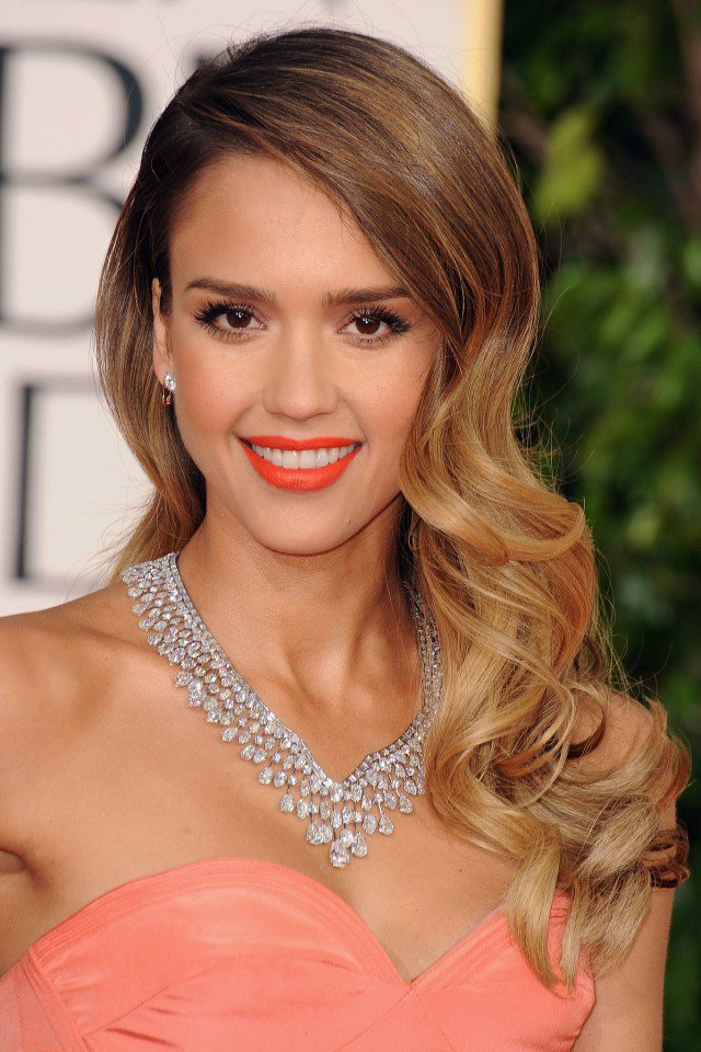 Jessica Alba Long Wavy Blonde Hair
