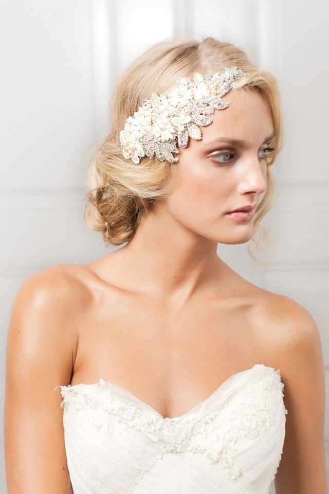 Bridal hairstyle with hair pieces