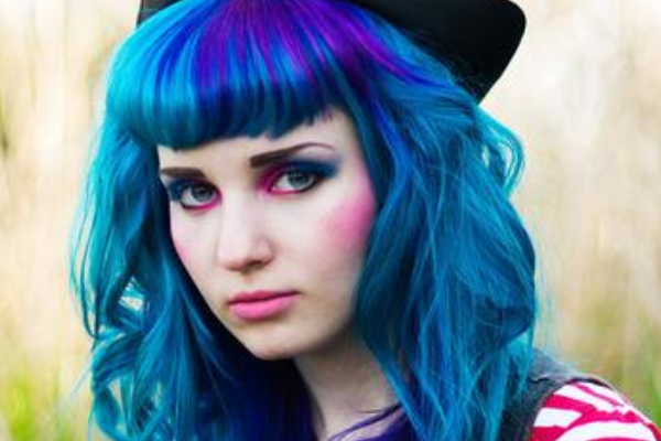 Long blue hairstyle with bangs