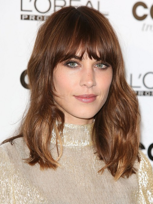 Alexa Chung medium wave hairstyle with blunt bangs