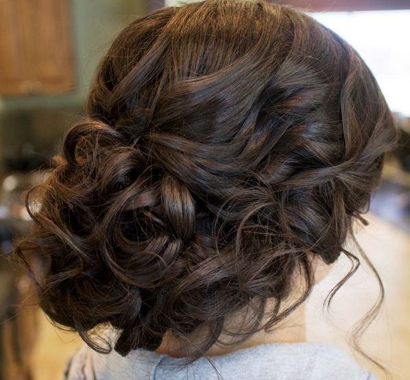 Glamorous updo for weddings