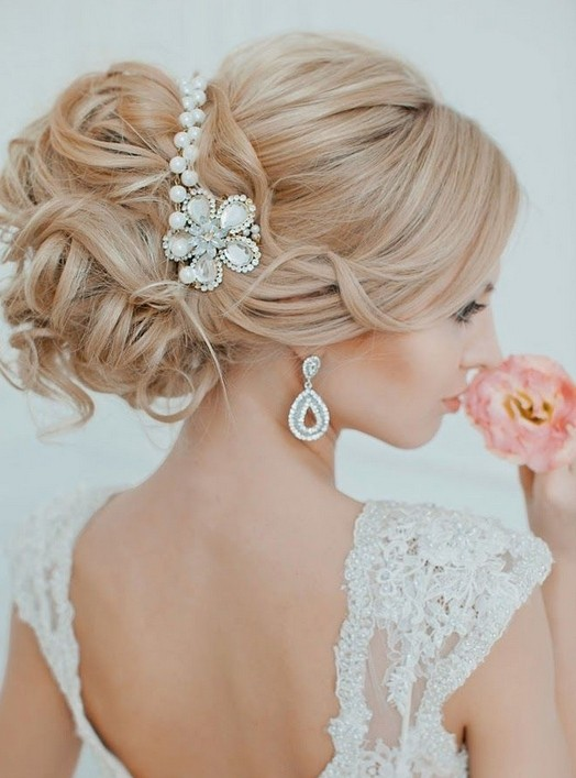 Pine fall wedding updo hairstyle
