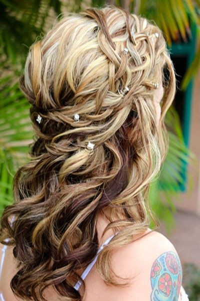 Beautiful lacey braid hairstyle for the wedding