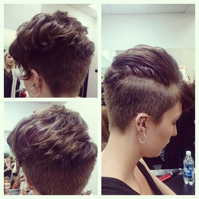 Short curly hairstyle with layers