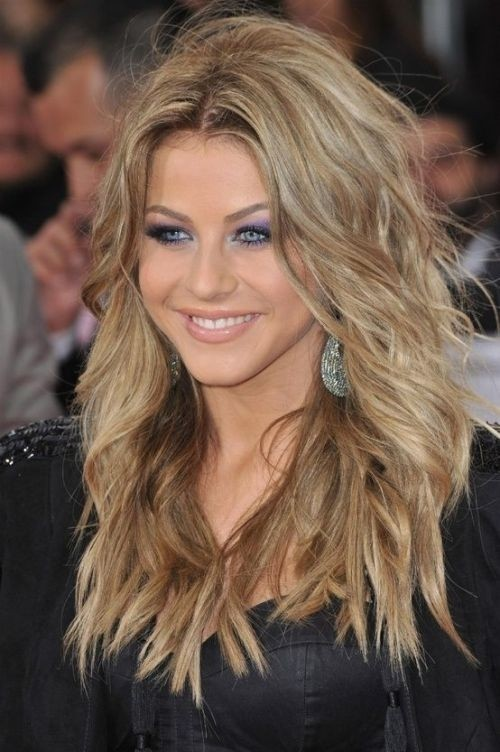 Long blonde shaggy hairstyle