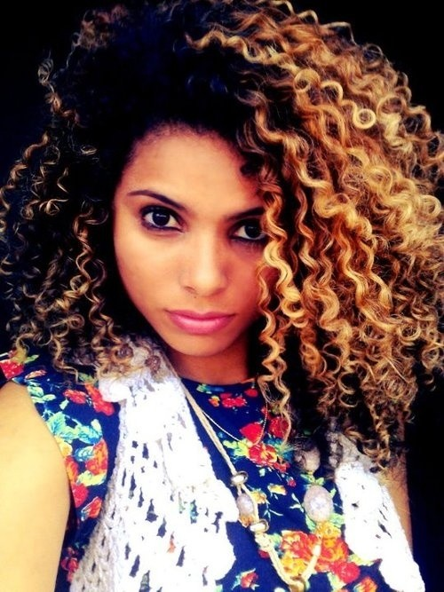 Black blonde hairstyle for curly hair