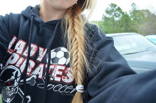 Messy side braid hairstyle for girls