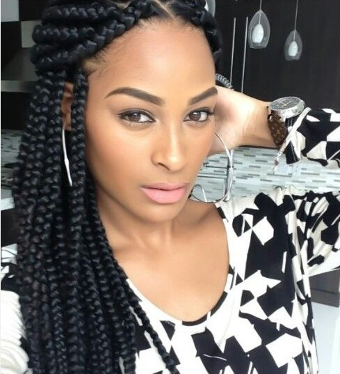 Glamorous African American woman hairstyle