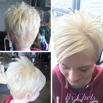 Messy short hairstyle for straight hair