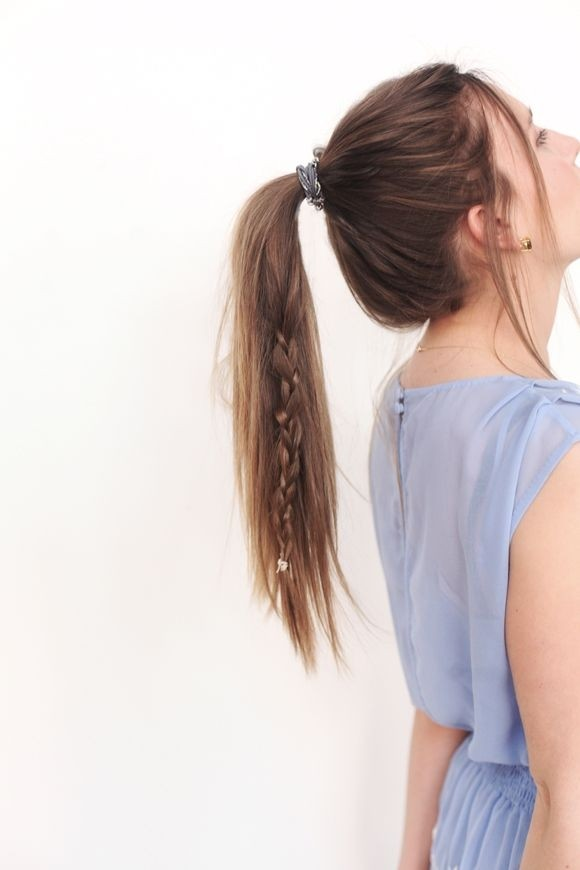 Loose ponytail with braid