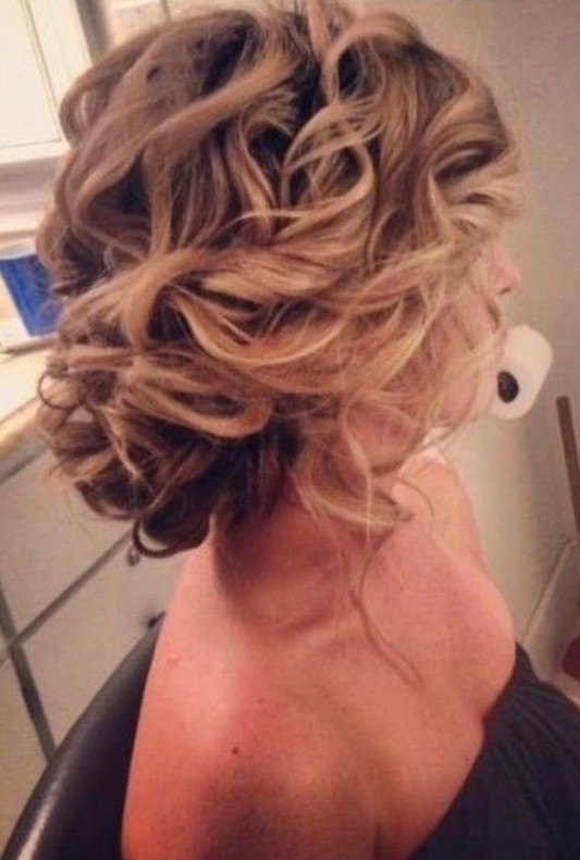 Chaotic updo for wedding hairstyles