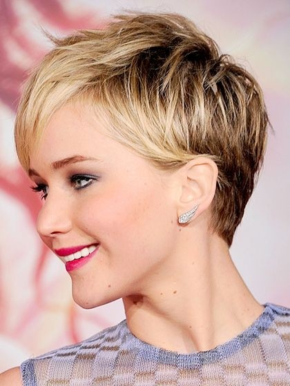 Short pixie haircut for ombre hair
