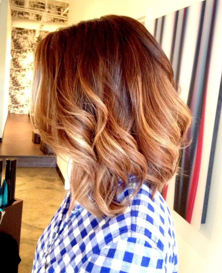 Medium ombre hairstyle for wavy hair