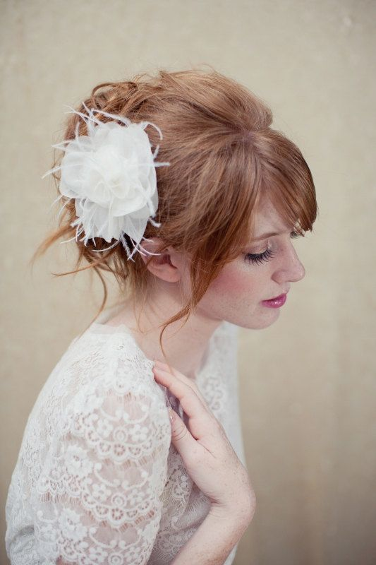 Bridal hair with side part