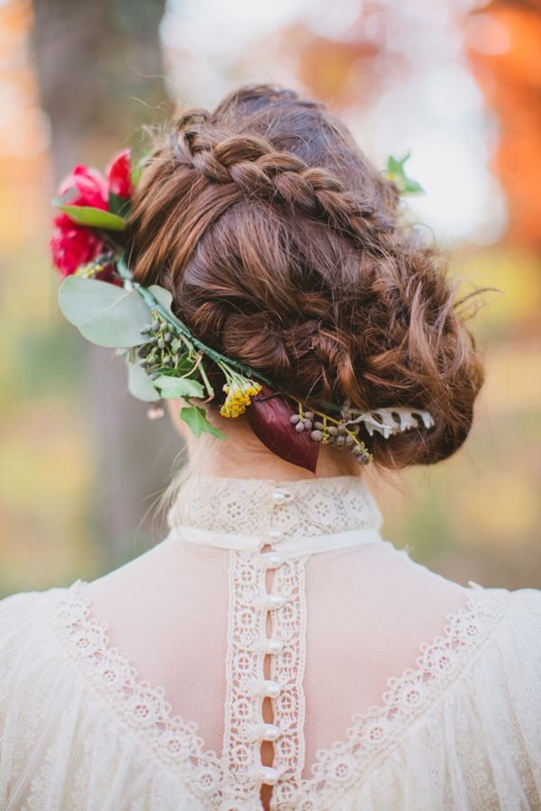 Styish bun with a floral crown