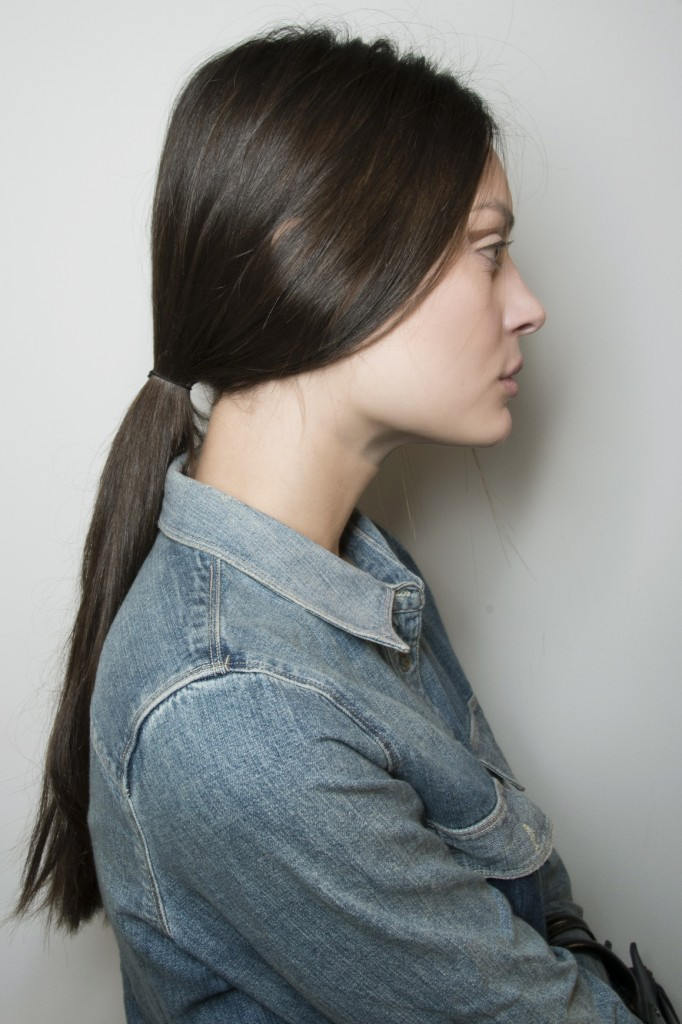 Slim ponytail