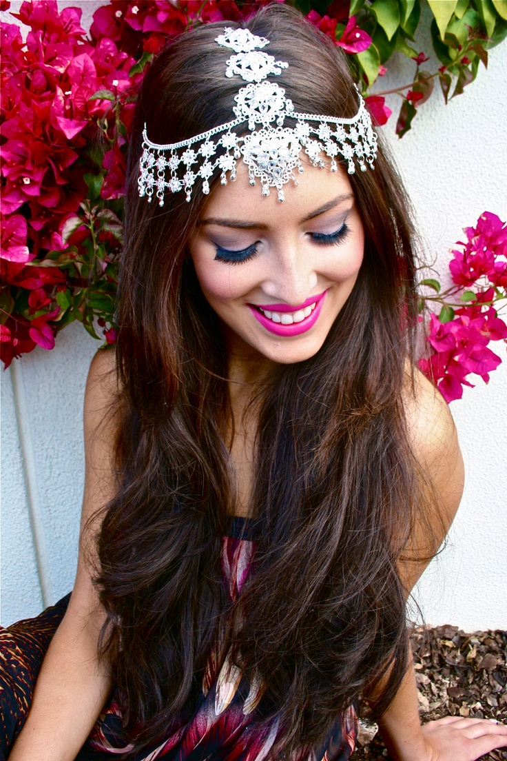 Indian wedding hairstyles with headgear