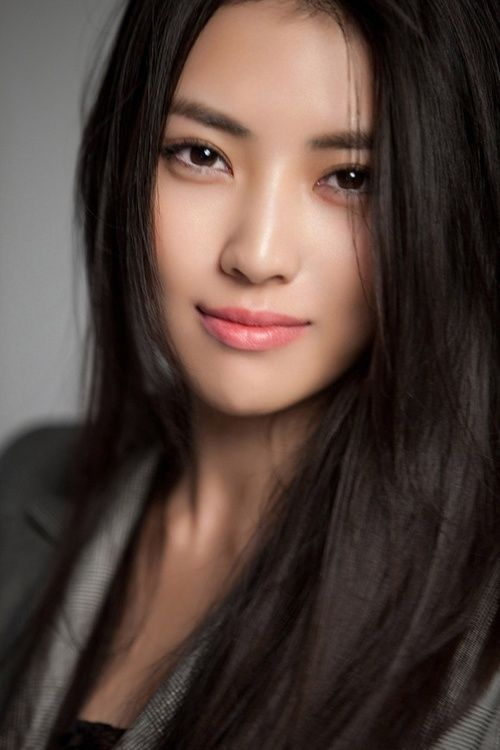 Long black straight hair for Asian hairstyles