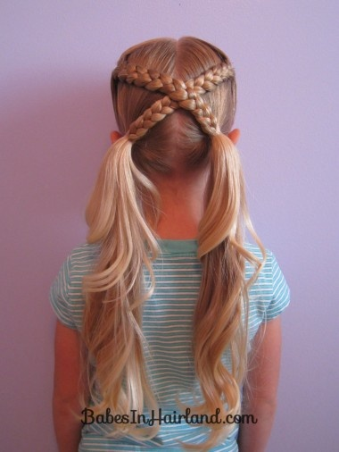 Adorable hairstyle for little girls