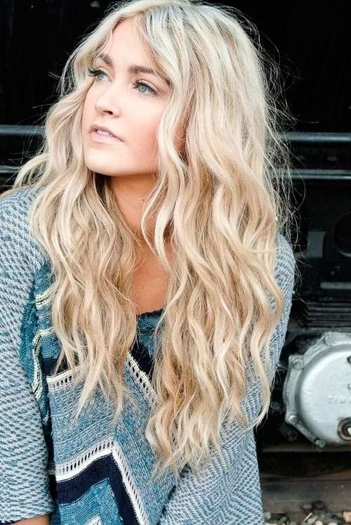 Long curly wavy hairstyle for school
