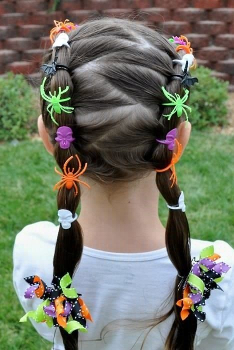 Nice Halloween hairstyle for little girls