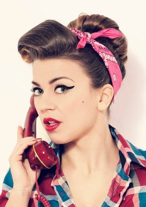 Vintage pin up Halloween hairstyle