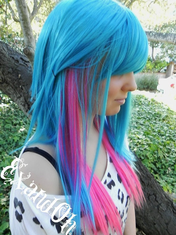 Pretty blue and pink colored hairstyle