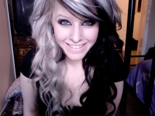 Stunning long wavy black and blonde hairstyle