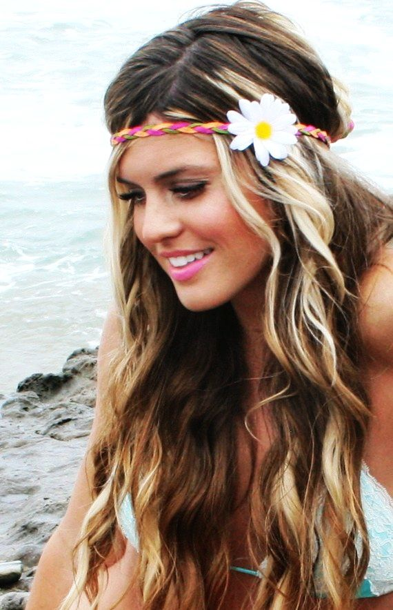 Ombre hairstyle with flower headband