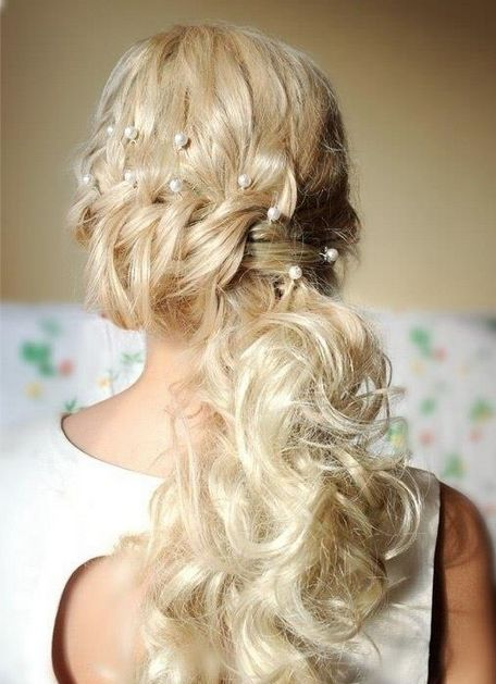 Exotic wedding hairstyle for long hair