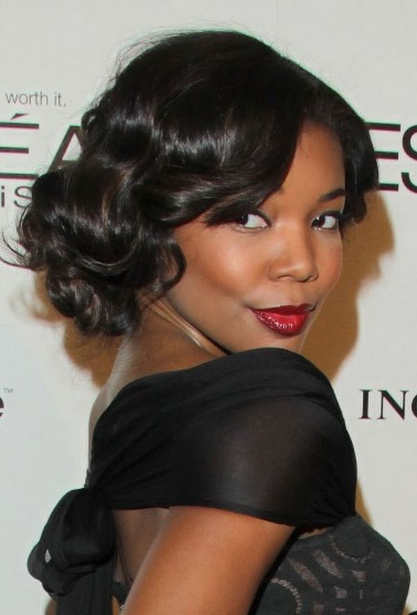 Curly Bob wedding hairstyle for black women