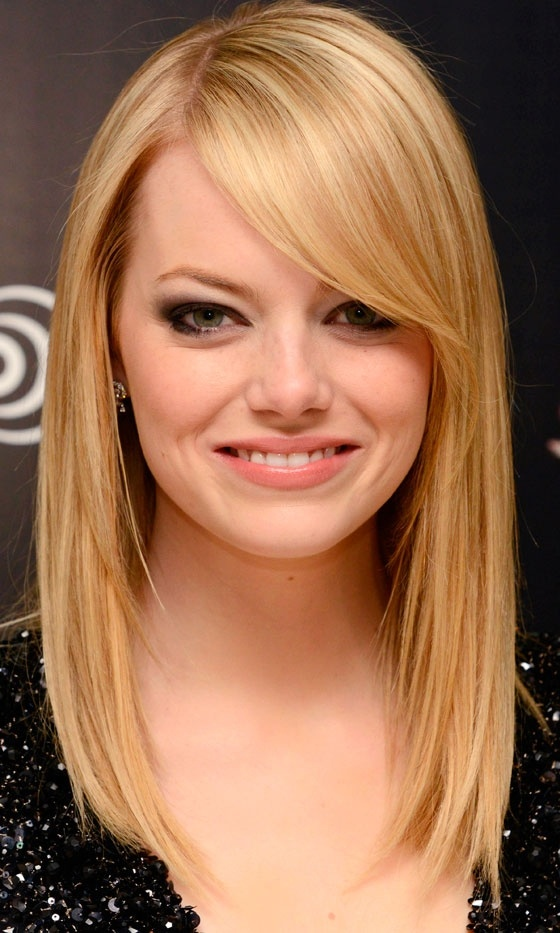 Straight straight blonde hair - Emma Stone hairstyles