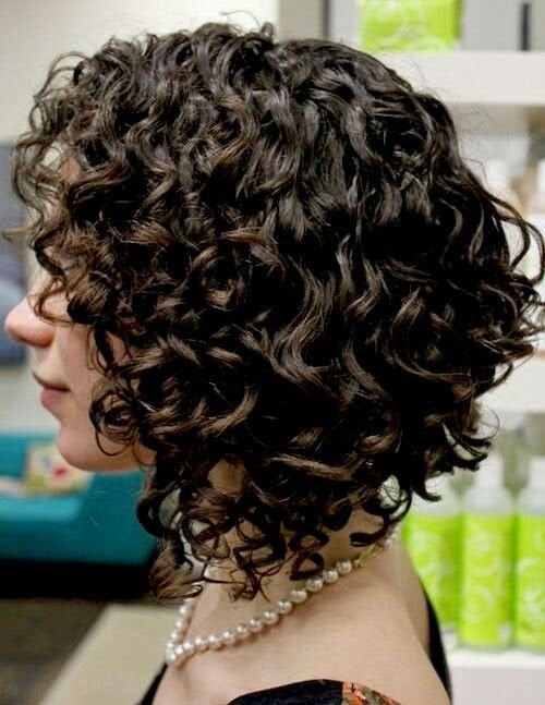 Amazing short curly hairstyle