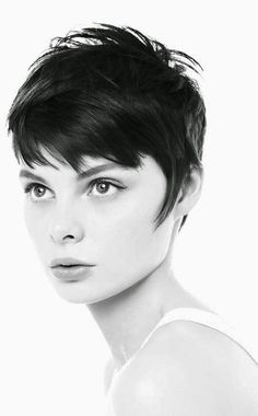 Short black hairstyle for thick hair