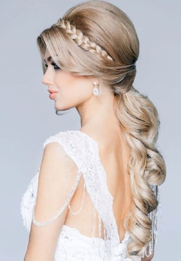 Stunning wedding hairstyle for long hair