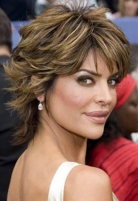 Short shaggy hairstyle for over 50 65091157088474374
