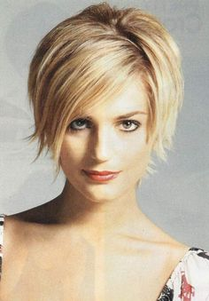 Short blonde haircut for round faces
