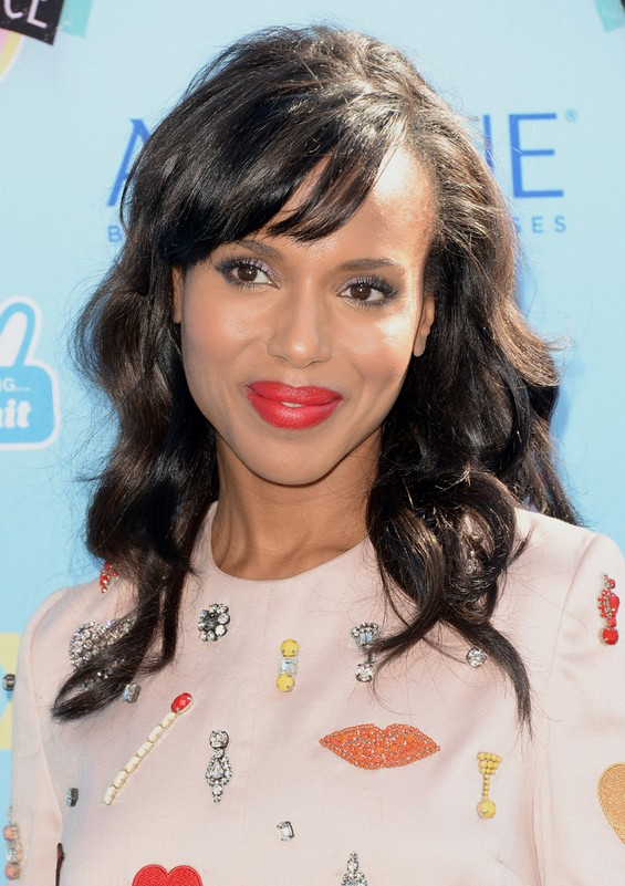 Kerry Washington layered long black wavy hairstyle with bangs for winter