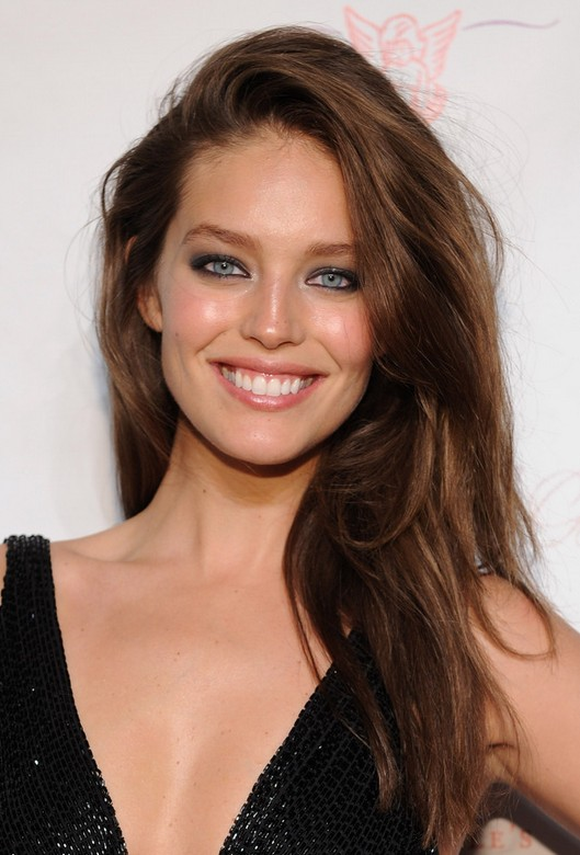Emily DiDonato Sexy Deep Side Parted Brunette Wavy Winter Hairstyle